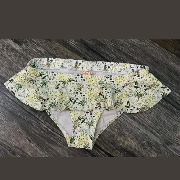 01c1880259a05 Tory Burch Floral Ruffle Bikini Bottom XS. M_5af8f3e7d39ca286320fd1f0